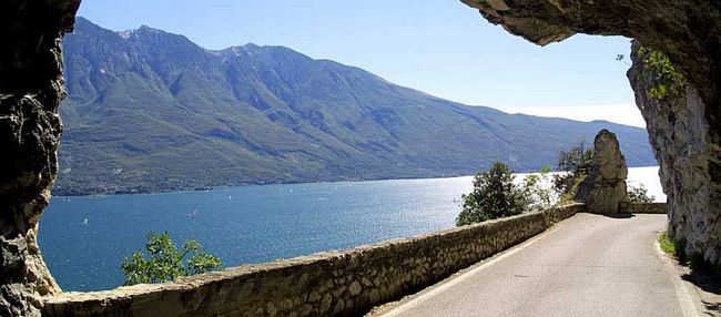 Strada della Forra, Tremosine, zona del Garda