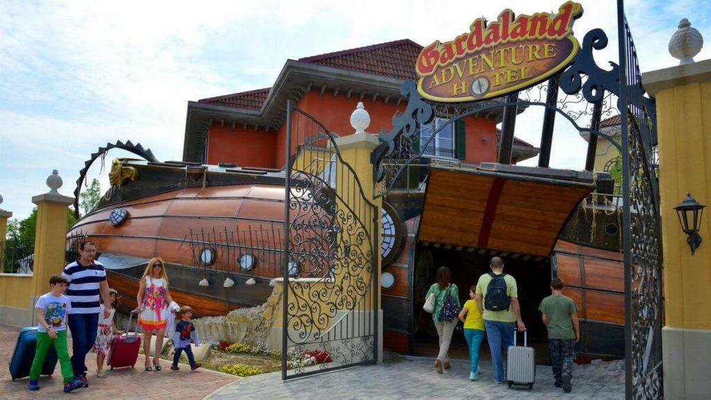 Ingresso del Gardaland Adventure Hotel