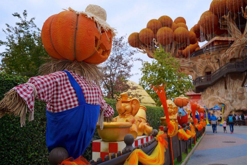 Spaventapasseri di Halloween a Fantasy Kingdom di Gardaland